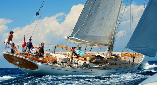 Yacht Charter WHITEFIN | Ritzy Charters