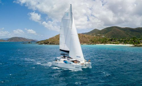 Yacht Charter FLOATATION THERAPY | Ritzy Charters