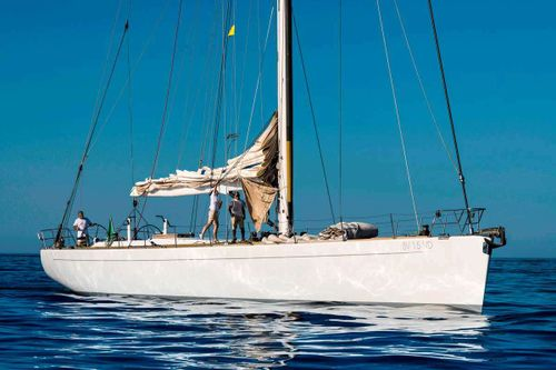 Yacht Charter Logica | Ritzy Charters