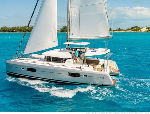Yacht Charter Sunrise | Ritzy Charters