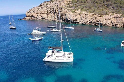Yacht Charter CIDICI | Ritzy Charters