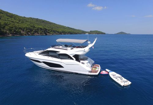 Yacht Charter CICO | Ritzy Charters