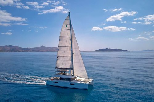 Yacht Charter GOLDEN PEARL | Ritzy Charters