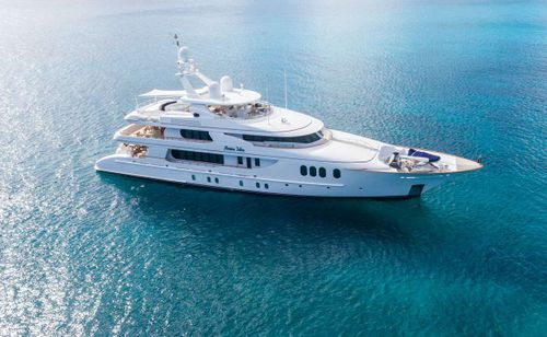 Yacht Charter AMICA MEA   Ritzy Charters