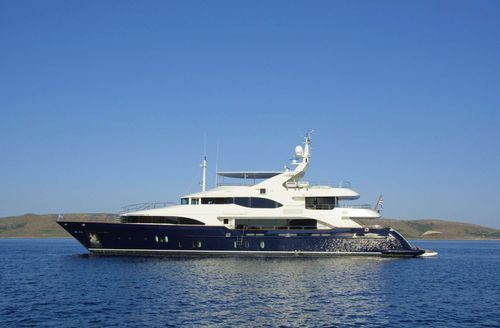Yacht Charter GRANDE AMORE   Ritzy Charters