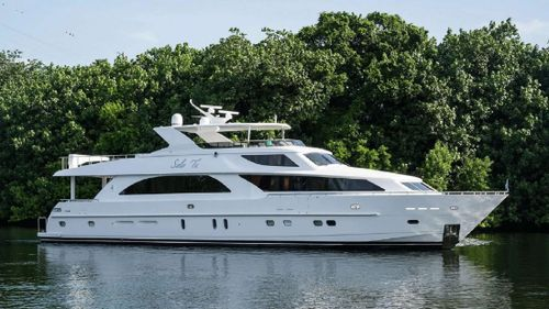 Yacht Charter LIMITLESS | Ritzy Charters