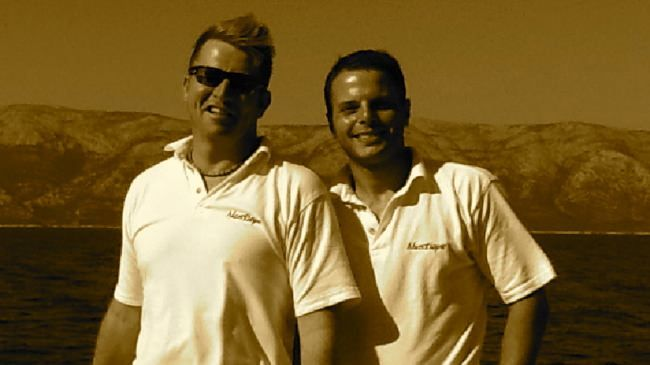 Yacht Charter MUSTIQUE Crew