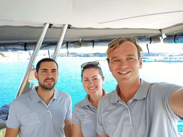 Yacht Charter AETHER Crew