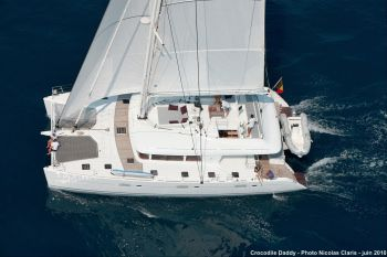 CROCODILE DADDY Yacht Charter - Sailing view