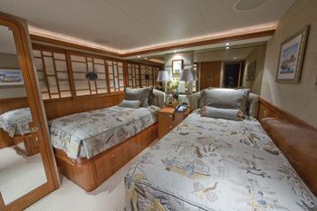 ALICIA Yacht Charter - Starboard Guest Stateroom
