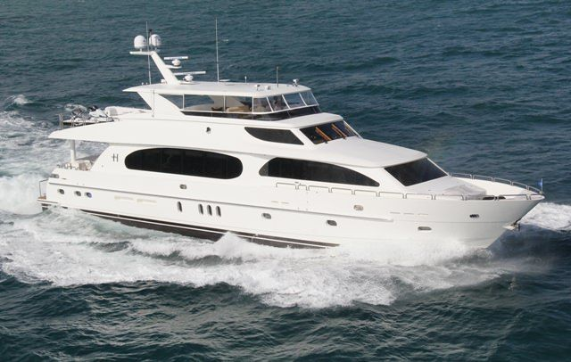 CARBON COPY Yacht Charter - Ritzy Charters