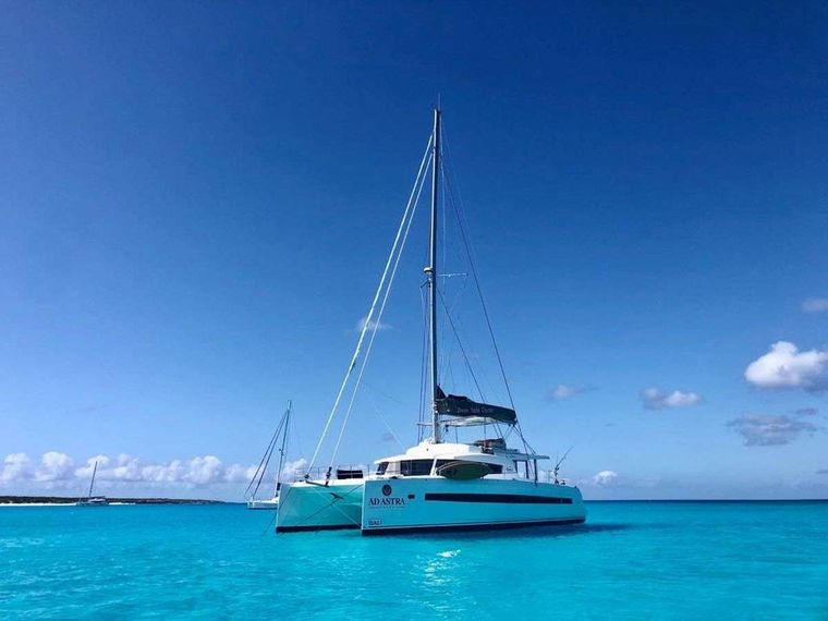 Ad Astra Yacht Charter - Ritzy Charters