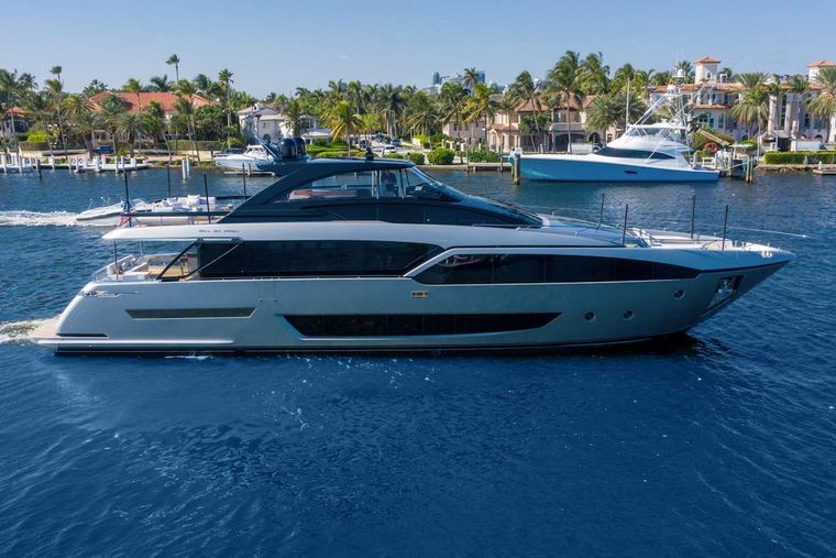 TASTY WAVES Yacht Charter - Ritzy Charters