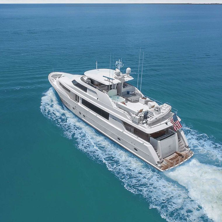 Natural 9 Yacht Charter - Ritzy Charters