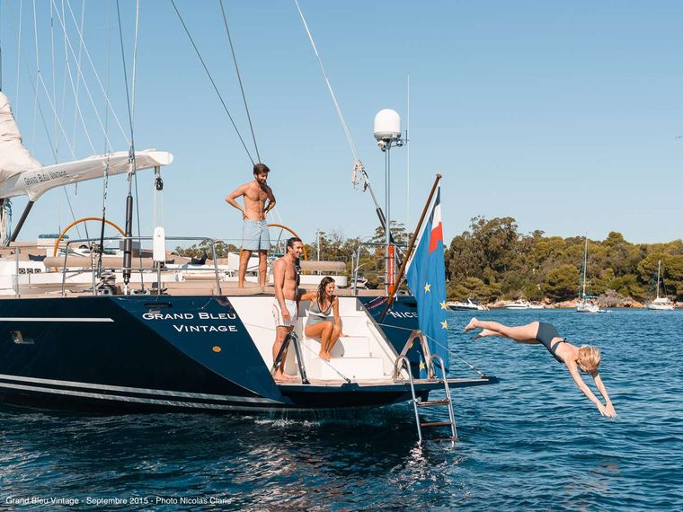 GRAND BLEU VINTAGE Yacht Charter - Bathing plateform