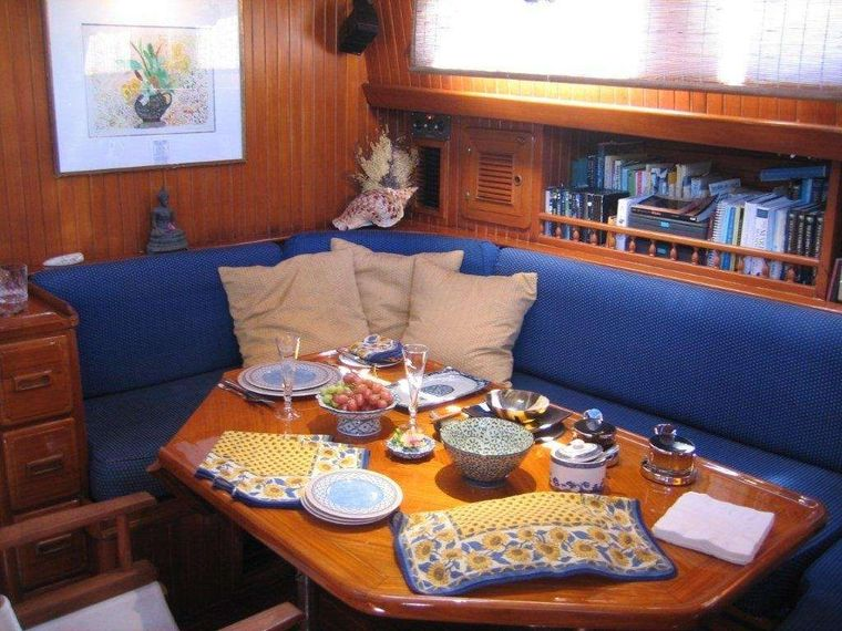 THE DOVE Yacht Charter - Dining Room Area