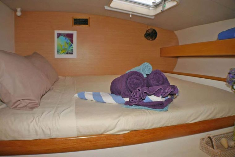 JET STREAM Yacht Charter - Guest Cabin