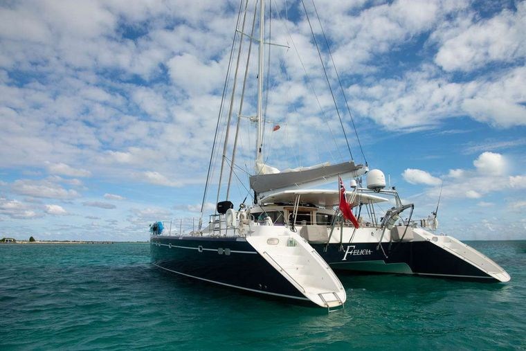 FELICIA Yacht Charter - Ritzy Charters