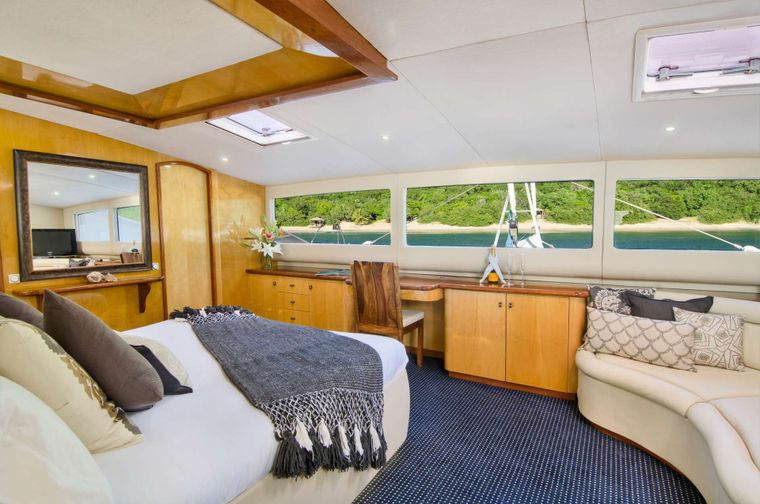 ZINGARA Yacht Charter - Master king suite with Amazing Views