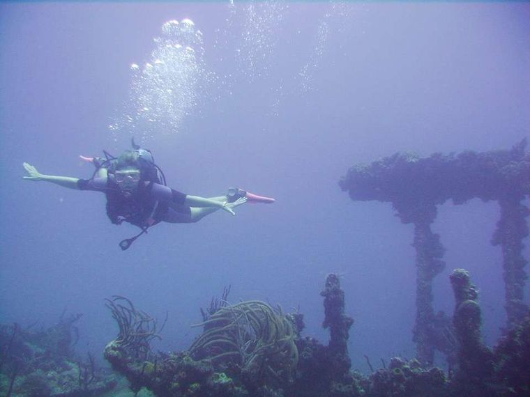 CATATONIC 500 Yacht Charter - SCUBA included for certified divers!