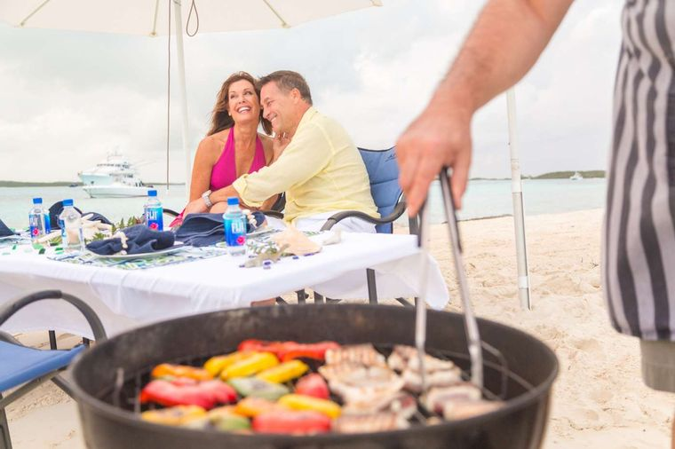 LADY J Yacht Charter - Beach Barbecue