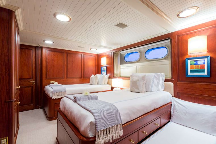 LADY J Yacht Charter - Twins (convert to King) plus trundle