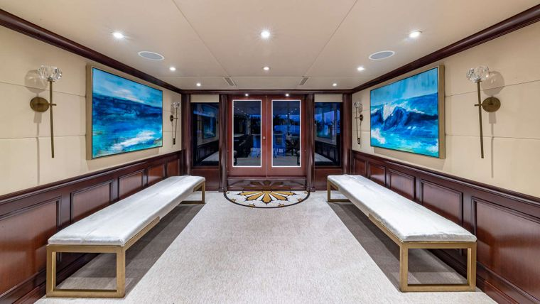STARSHIP Yacht Charter - Main Salon Entrance