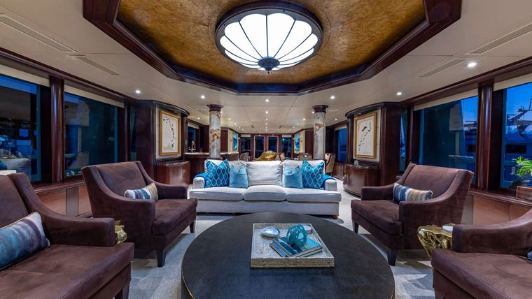 STARSHIP Yacht Charter - Main Salon