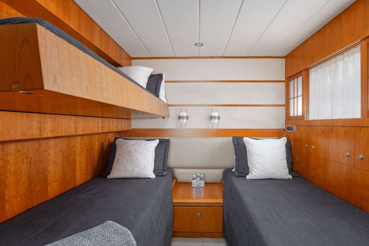 ANNABEL II Yacht Charter - Twin cabin with Pullman