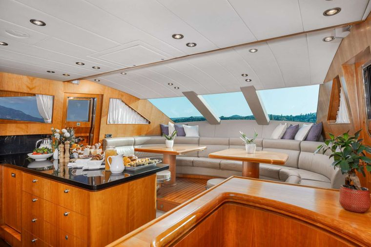 ANNABEL II Yacht Charter - Country style galley