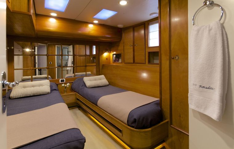 AMADEUS Yacht Charter - Twin Cabin (convertable to Double)