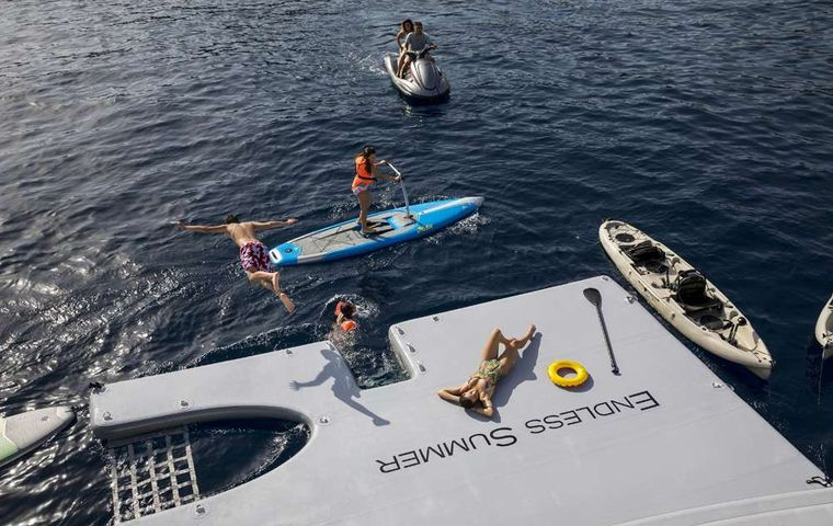 ENDLESS SUMMER Yacht Charter - Water toys