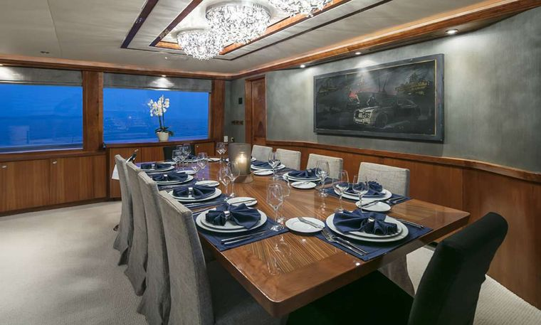 ENDLESS SUMMER Yacht Charter - Dining area
