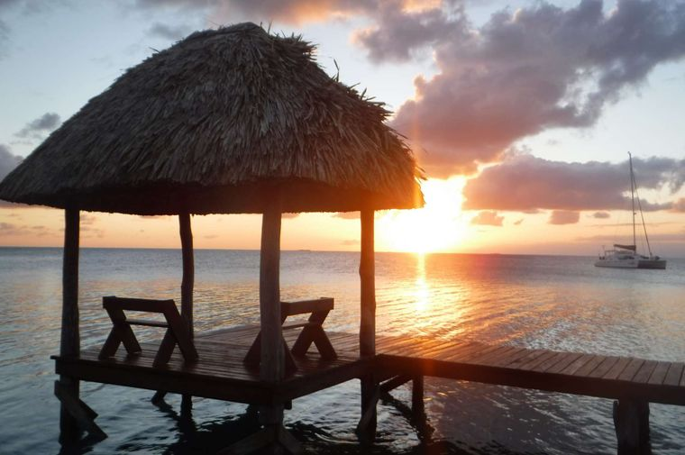 DREAMING ON Yacht Charter - Sunset at Funk Caye