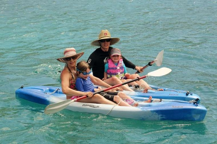 DREAMING ON Yacht Charter - Kayaking