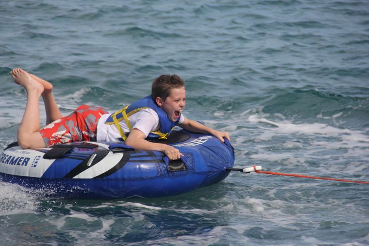 DREAMING ON Yacht Charter - Tubing