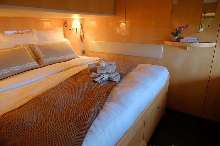 ELYSIUM Yacht Charter - Guest stateroom
