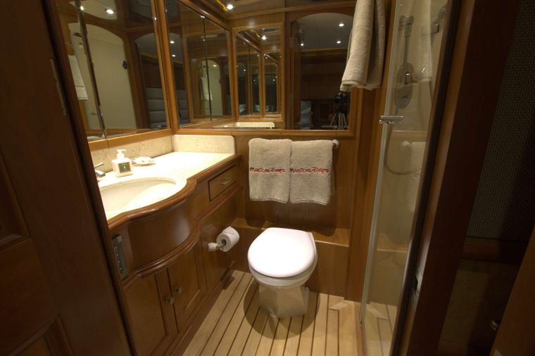 MAGICAL DAYS Yacht Charter - Bathroom