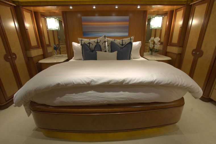 MAGICAL DAYS Yacht Charter - Master Stateroom