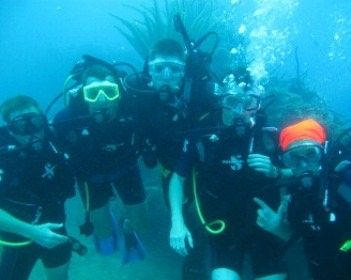 MIMBAW Yacht Charter - Diving for beginners to very experienced.