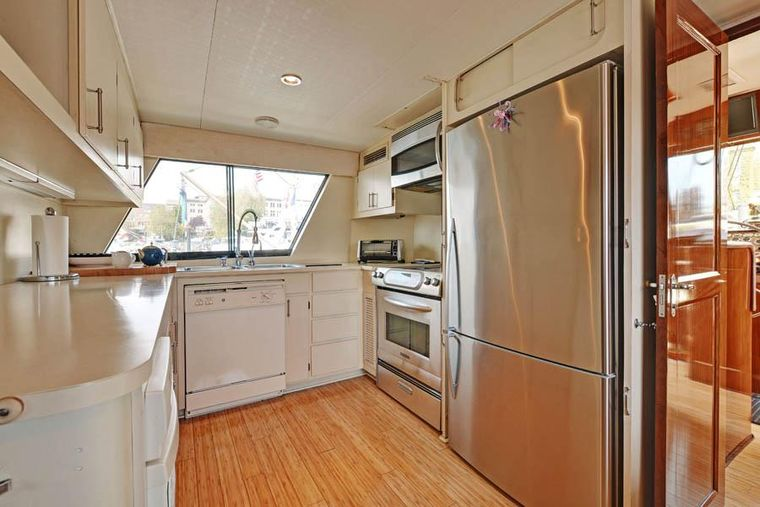 NORTHERN LIGHT Yacht Charter - Galley