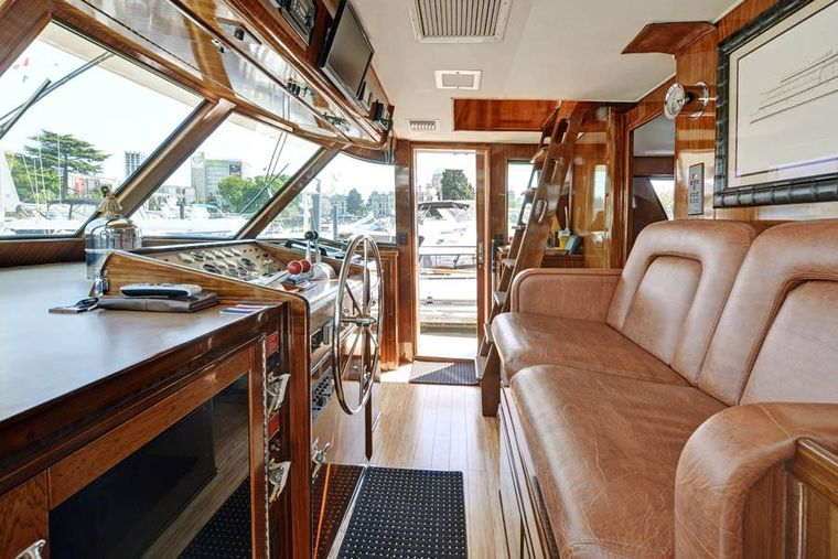 NORTHERN LIGHT Yacht Charter - Pilothouse with view windows and ladder access to Top Deck.
