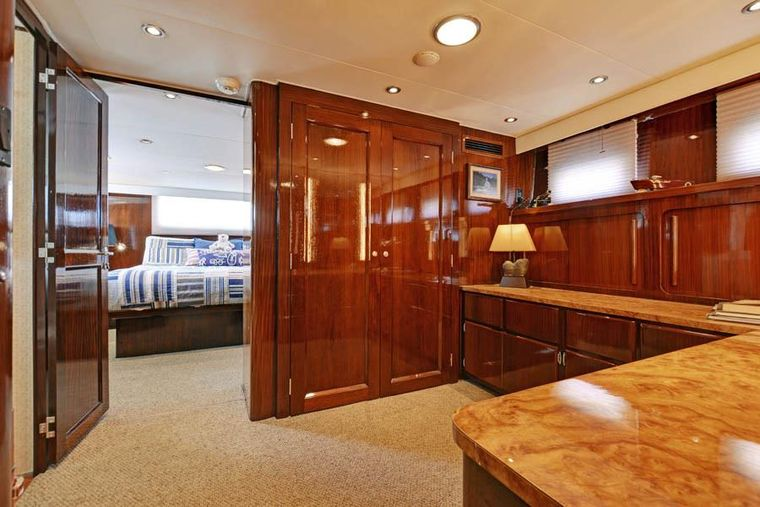 NORTHERN LIGHT Yacht Charter - Private Dressing Room/Office adjacent to Master Stateroom.
