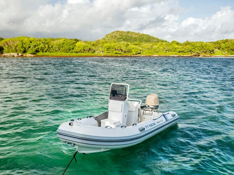 SAIL AWAY Yacht Charter - The dinghy