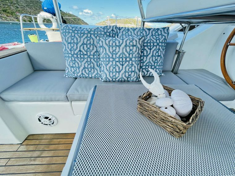 VISION Yacht Charter - Attention to Details, for your enjoyment!