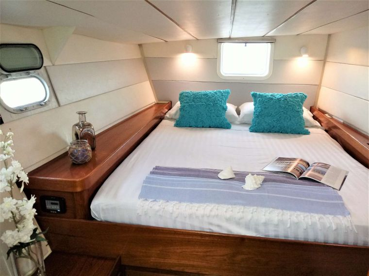 VISION Yacht Charter - Guest Suite #2