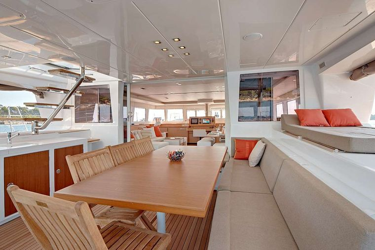 FIREFLY Yacht Charter - Spacious meal area in the cockpit