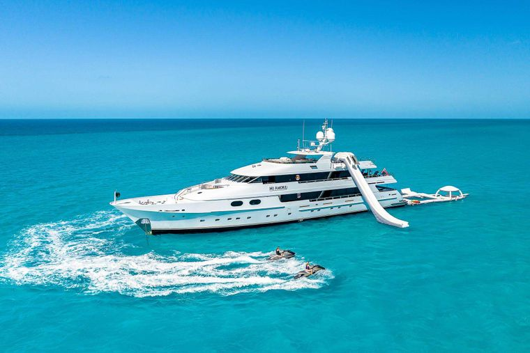 MI AMORE Yacht Charter - Ritzy Charters