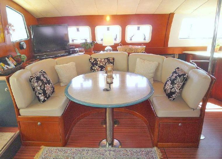 MISS ELIZABETH Yacht Charter - Main Salon with formal dining