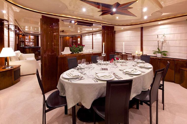 LET IT BE Yacht Charter - Dining area
